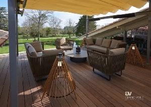 ZigZag par GRAND VOILE : une couverture amovible pour abriter terrasses et restaurants
